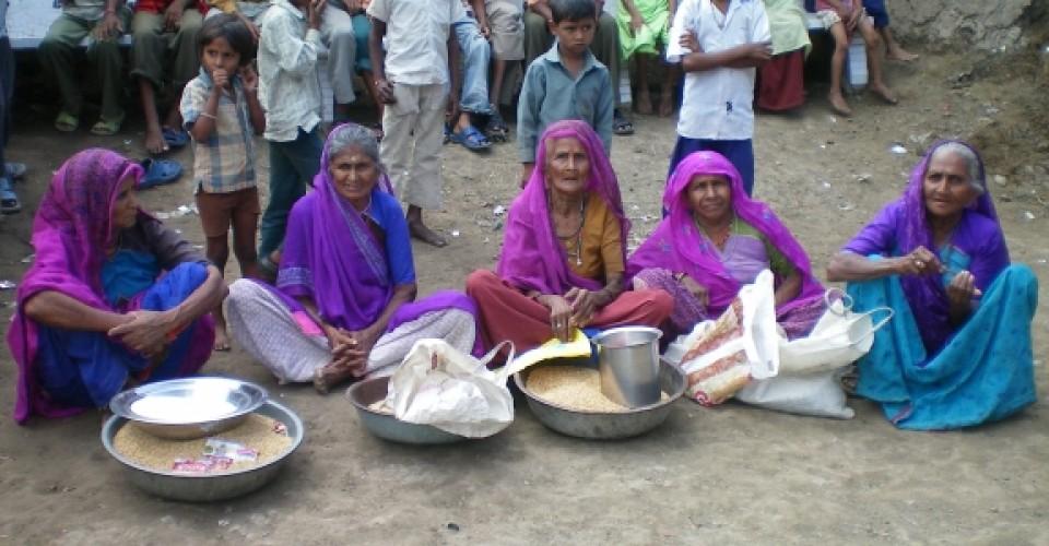 Helping Flood Victims in Surandranagar